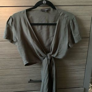 OLIVACEOUS Wrap Tie Crop Tee, Army Green